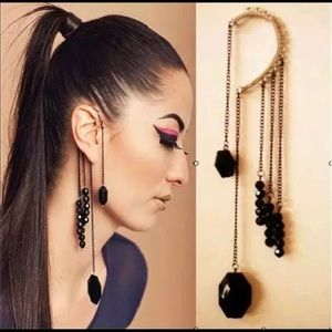 New Punk style ear cuff gold tone & Black